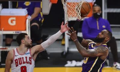 Lakers Bulls James