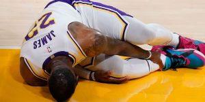 LeBron James lesiona Hawks