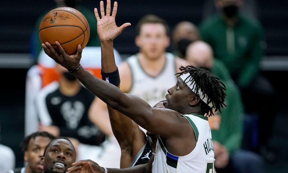 Bucks vence Kings